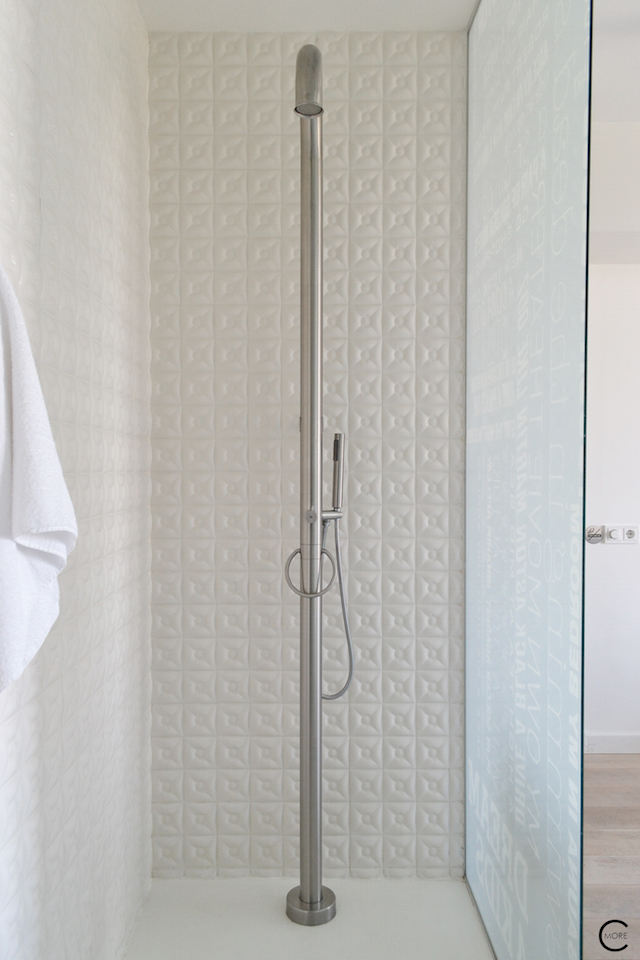Jee-O bath shower wellness spa Design bathroom Manna awardwinning Design Hotel NL 04