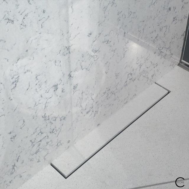 BlogtourKBIS 2016 | Las vegas | Kitchen and bathroom trends | Marble trend | Wilsonart solid surface quartz shower | picture by C-More