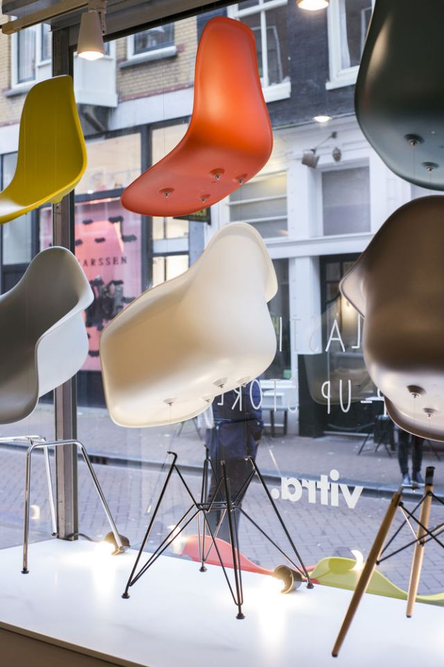 Vitra   Eames Plastic Chair   Pop-Up Store Amsterdam   Picture C-More for Vitra