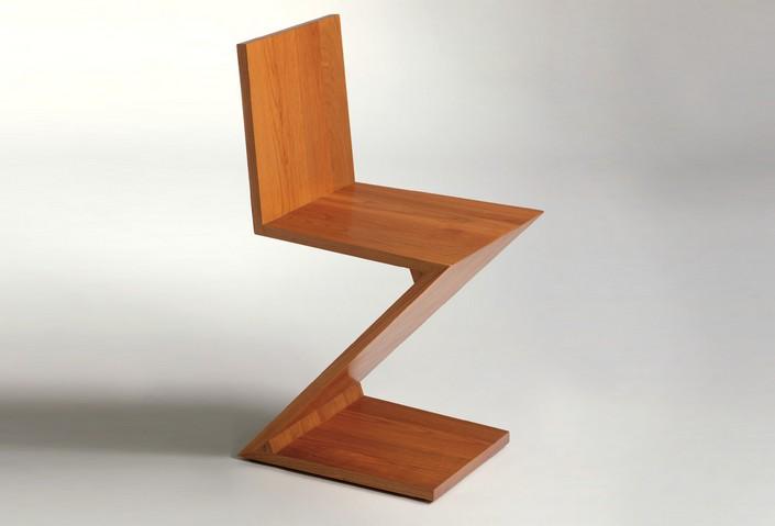 Silla 'Zigzag', diseño de Gerrit Thomas Rietveld. Fotografía: cortesía Hola, Holanda FILBO.