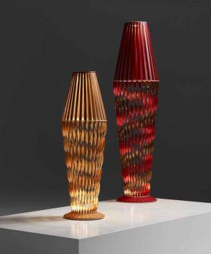 Diseños Lámpara 'Spiral' de Atelier Oã para Louis Vuitton. Fotografía: cortesía Louis Vuitton