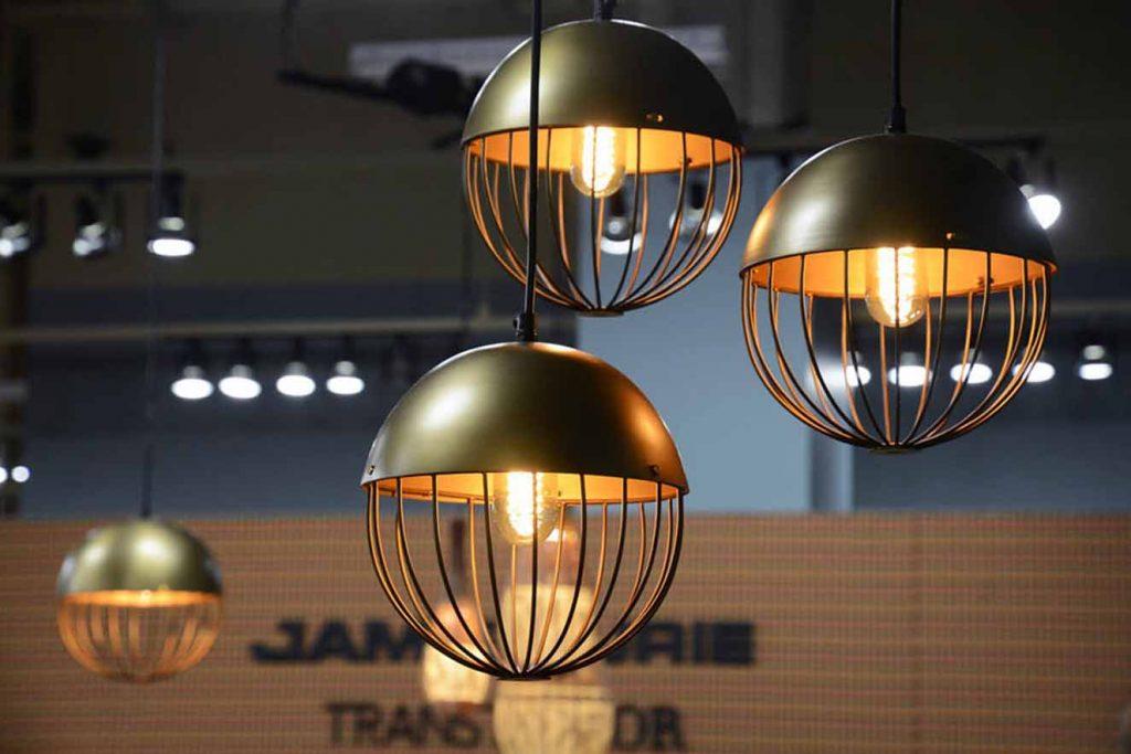 Exhibición de lámparas en Las Vegas Market. Fotografía: cortesía LVM.