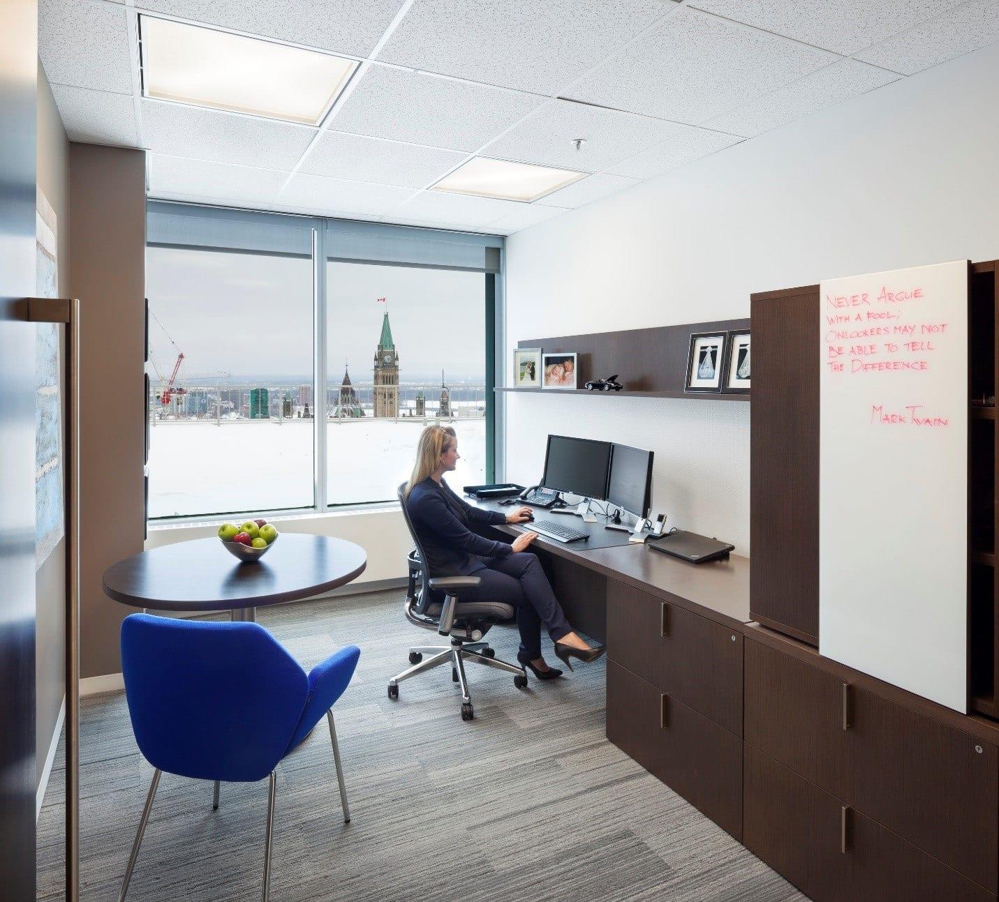 A single-size office in McMillan's Ottawa Office
