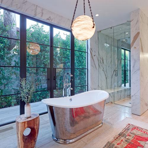 jenni-kayne-home-beverly-hills-interior-master-bathroom