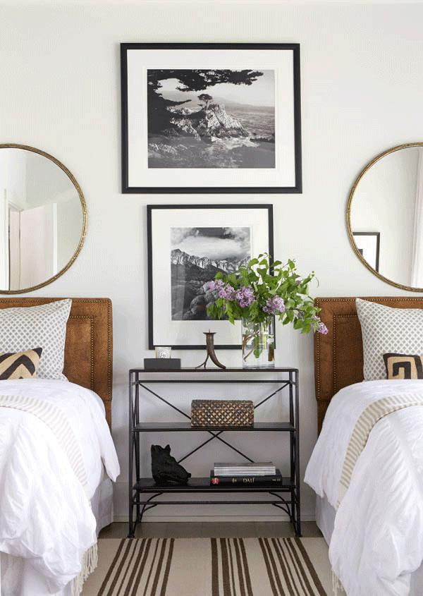 interior-cravings-round-mirror-over-beds-design-by-andrew-brown-via-desiretoinspire