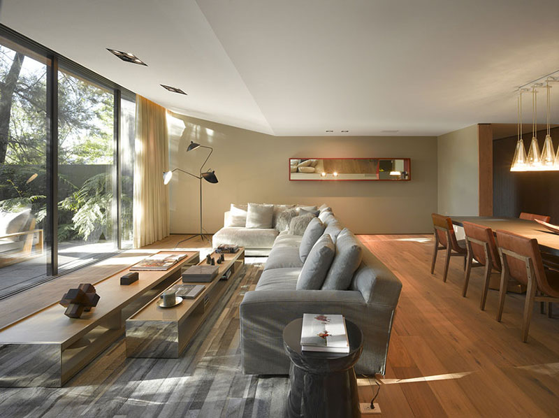Modern interior design that incorporates tropical elements - Living room design tool ...