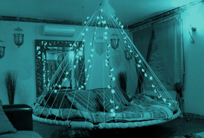 floating-bed-fairy-lights