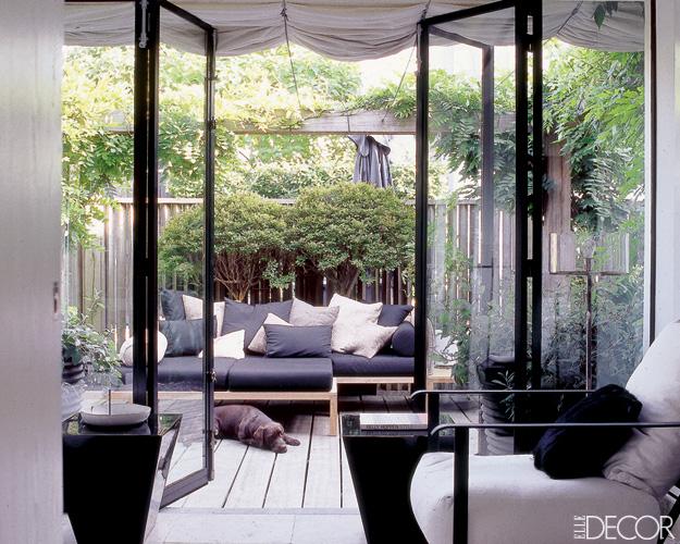 Outdoor Lounge Area Design Ideas On Budget   InteriorHolic.com on Backyard Lounge Area Ideas id=27669