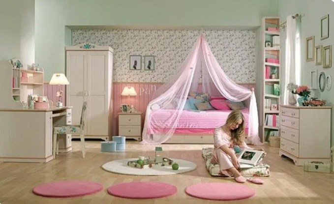 Dazzling Girl's Bedroom