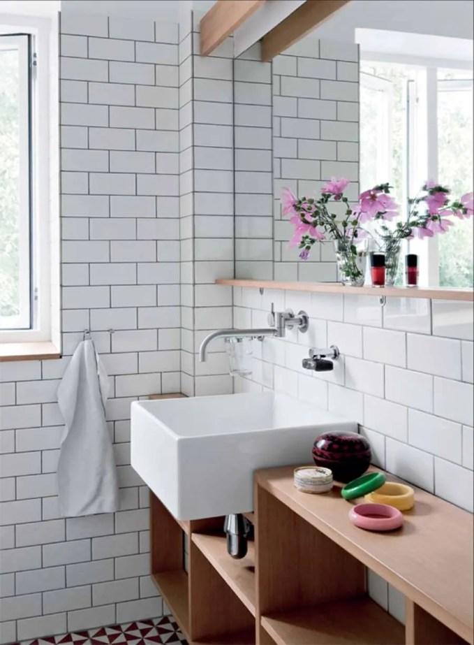 Sleek Scandinavian Bathroom