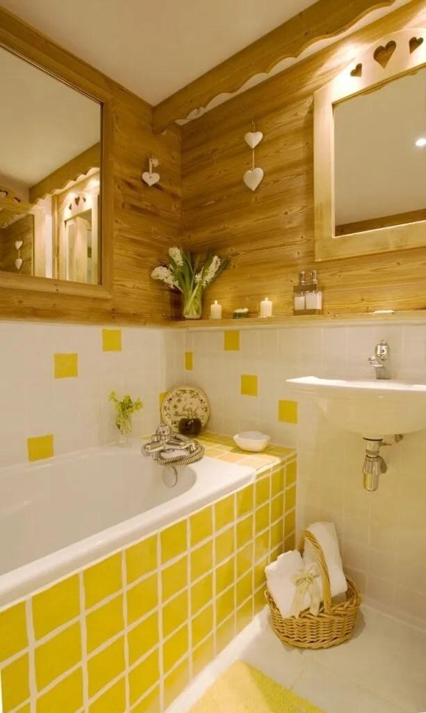 Charming Yellow Bathroom