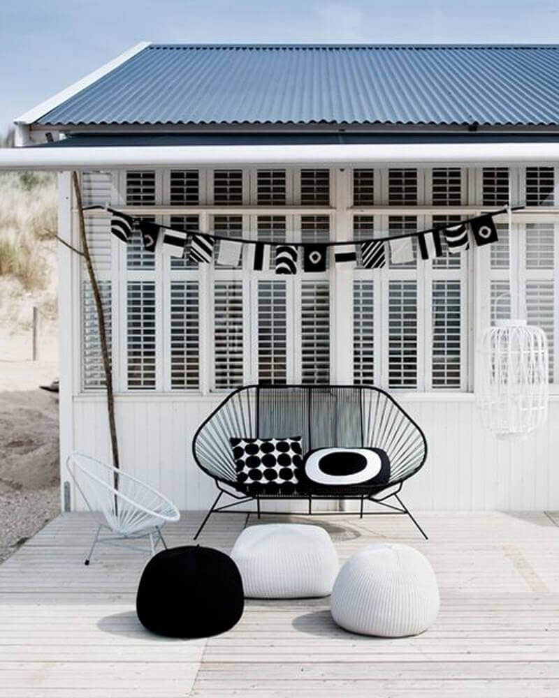 10 Gorgeous Black and White Patio Design Ideas ... on Black And White Backyard Decor  id=39747
