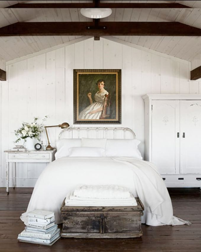 white-bedroom-vintage rustic]