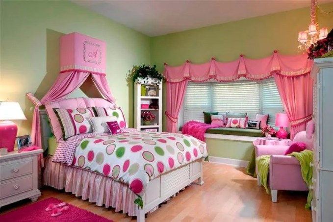 Pink and Green Teenage girl bedroom ideas