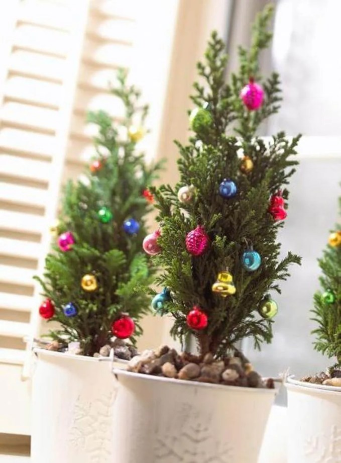 Colorful Tabletop Christmas Tree