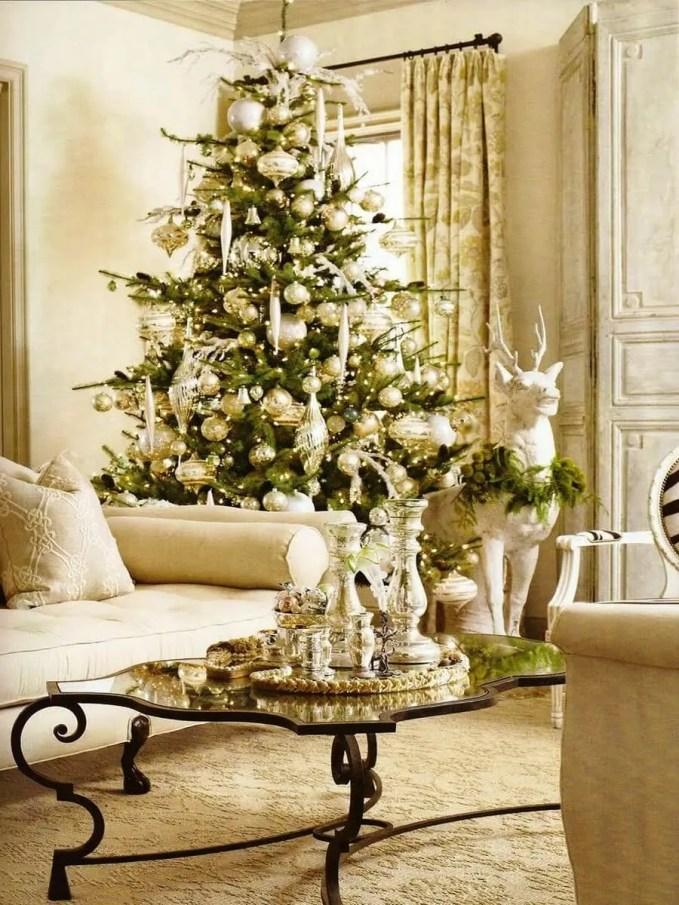 Glamorous-Pottery-Barn-Christmas-Living-Room-Decorating-Idea-in-White-Color-Nuance