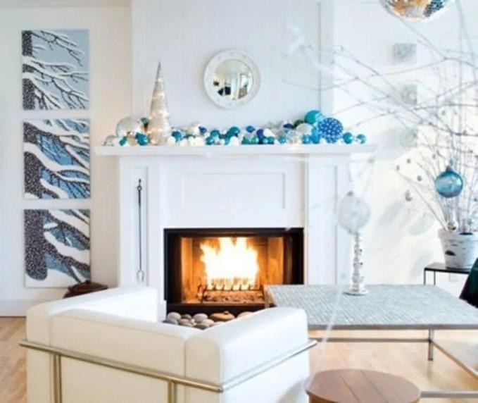 Modern Christmas Fireplace Mantel