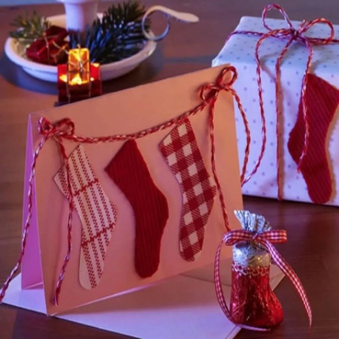 christmas-stockings-and-ideas-to-use-them-for-decor-19