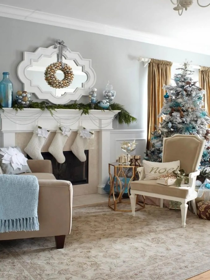 dreamy-christmas-living-room-decor-ideas-54