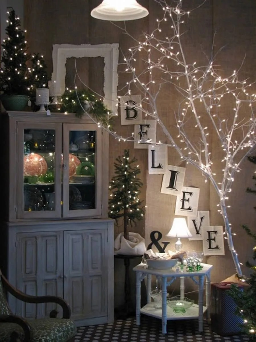 Indoor christmas decorations with lights - Gorgeous Indoor Decor Ideas With Christmas Lights 8