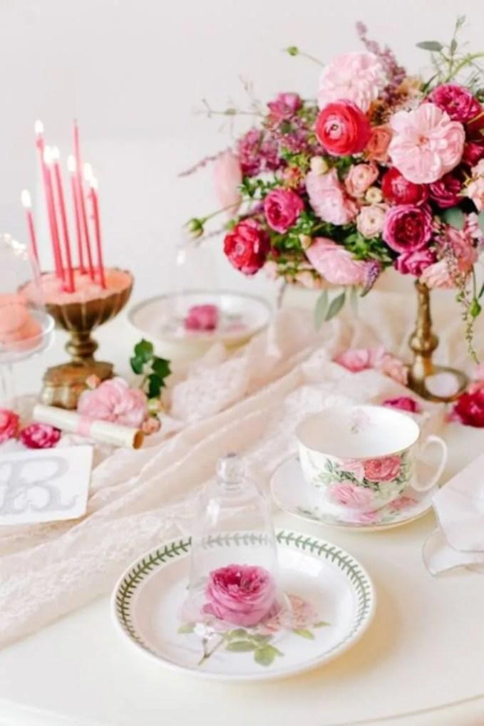 Beautiful Pink VInatge Decorations