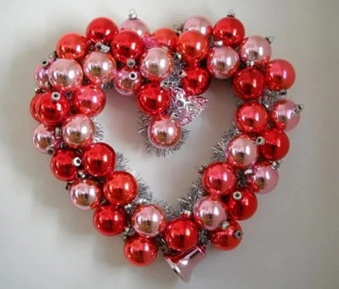 Ornaments Heart Wreath