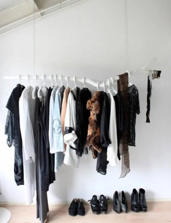 DIY-white-branch-hanging-clothing-rack-692x900