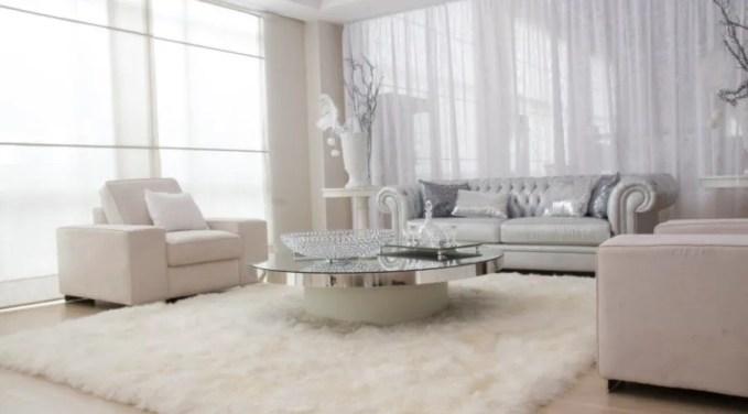 White Living Room with Soft Flokati Ruf