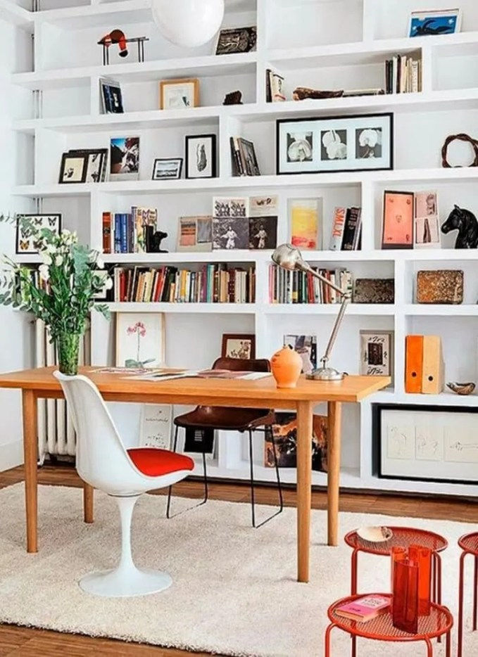 built-in-bookshelves-ideas-for-your-home-decor-1-554x717