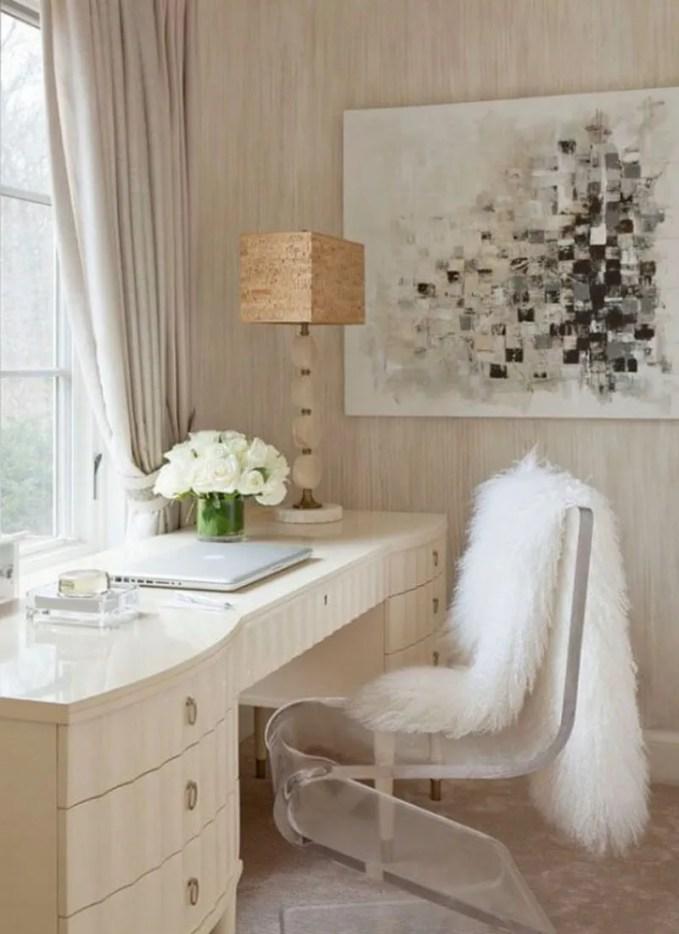 fur-home-decor-ideas-for-cold-seasons-19-554x758