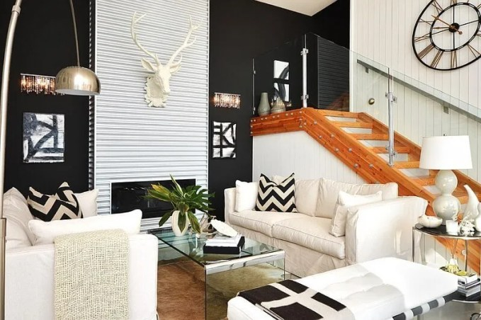 Modern Living Room with Black and White Chevroon Pillows