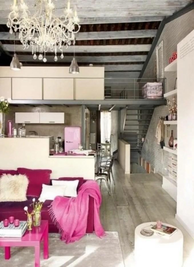 airy-and-elegant-feminine-living-rooms-46