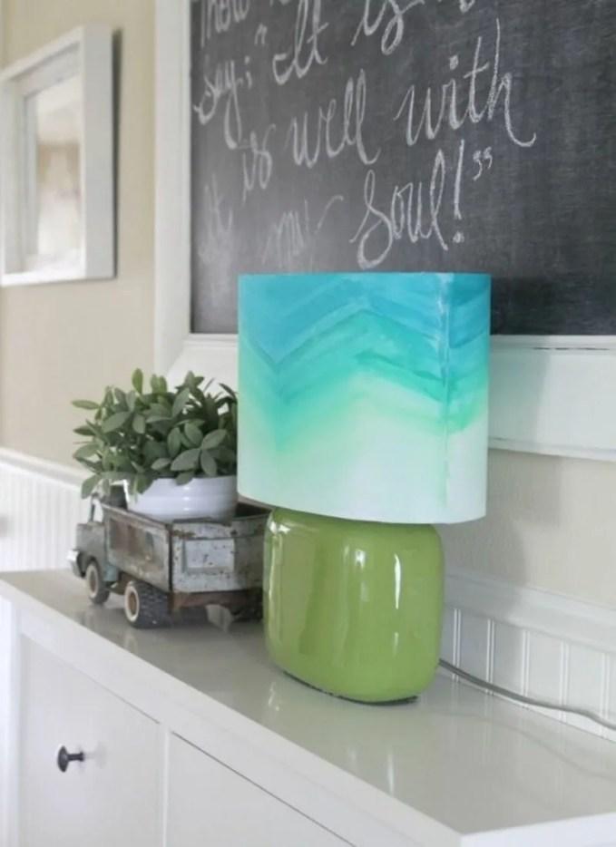 subtle-and-delicate-watercolor-home-decor-ideas-13-554x830