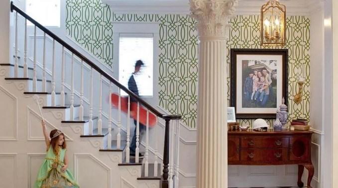 Elegant Green Wallpaper
