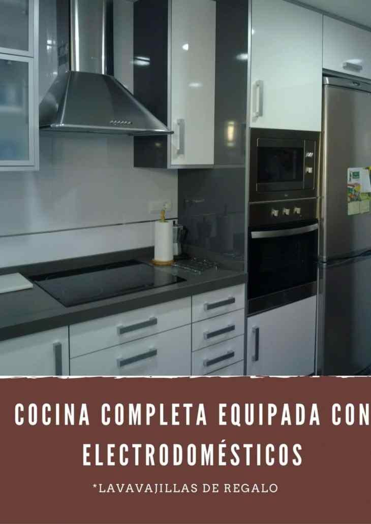 Cocina Completa Equipada con Electrodomésticos