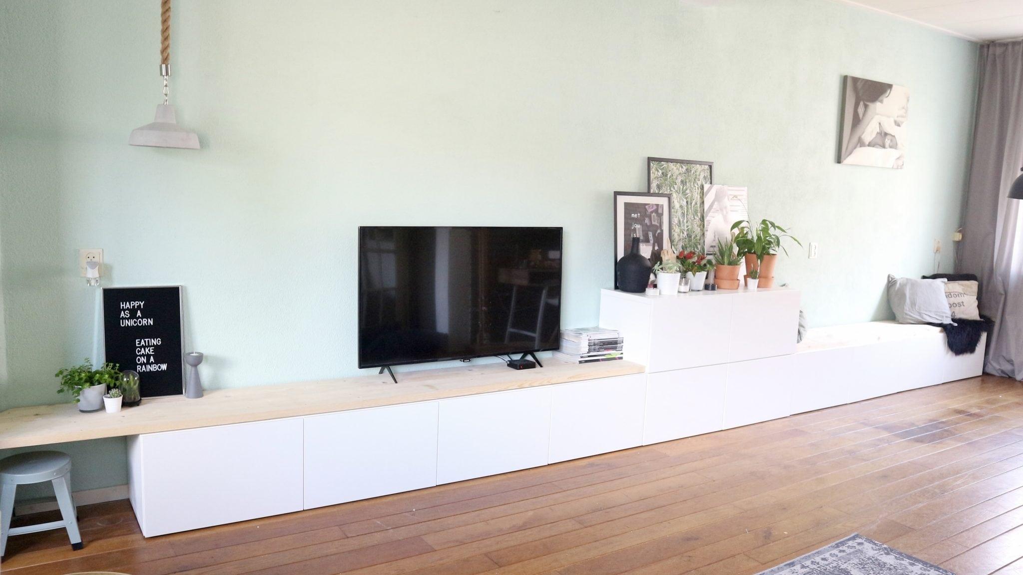 ikea besta hack ikea besta 2 in 1 zitbank tv meubel interiorqueen. Black Bedroom Furniture Sets. Home Design Ideas