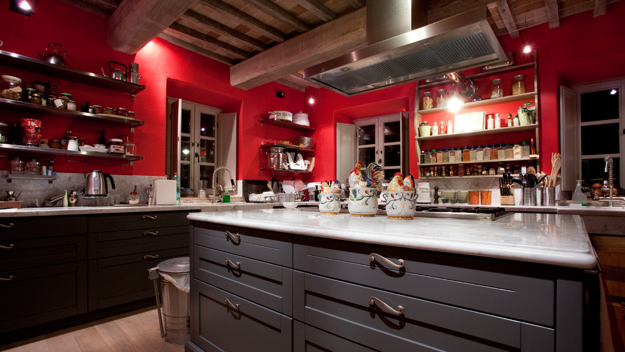 Red Kitchen In Tuscany Interiors By Color