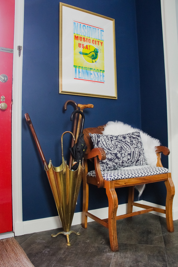 Blue And Red Entrance Painted In Benjamin Moore Washington