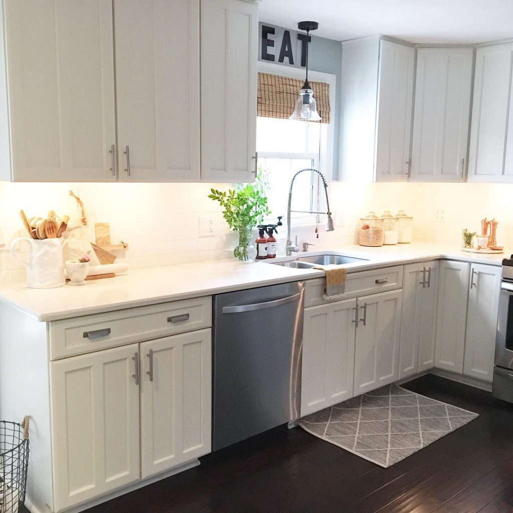 best benjamin moore paint colors for kitchens 2017 on benjamin moore kitchen cabinet paint id=55489