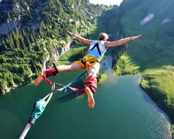 Bungee jumping Interlaken
