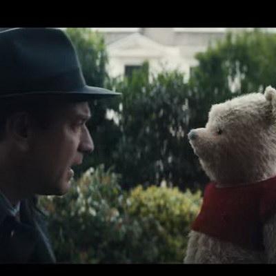 Взрослый Кристофер Робин встречает своего старого друга Винни Пуха
