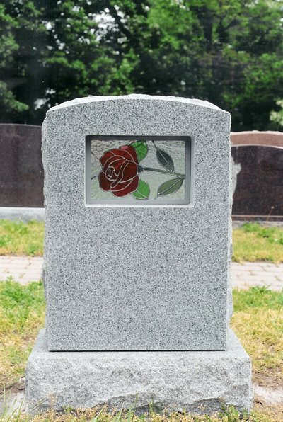 https://i1.wp.com/www.interment.net/column/uploaded_images/stained-glass-tombstone-704138.jpg