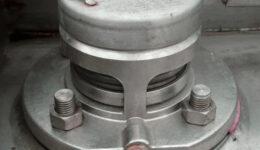Válvula(s) de descompresión de seguridad