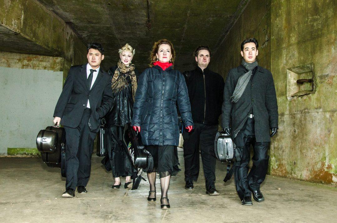 Farallon-Quintet(L-R)Jonah-Kim(Cello)_Natalie-Parker(Clarinet)_Elizabeth-Prior(Viola)_Dan-Flanagan(Violin)_Matthew-Oshida(Violin)_Photo-Norm-Levin2