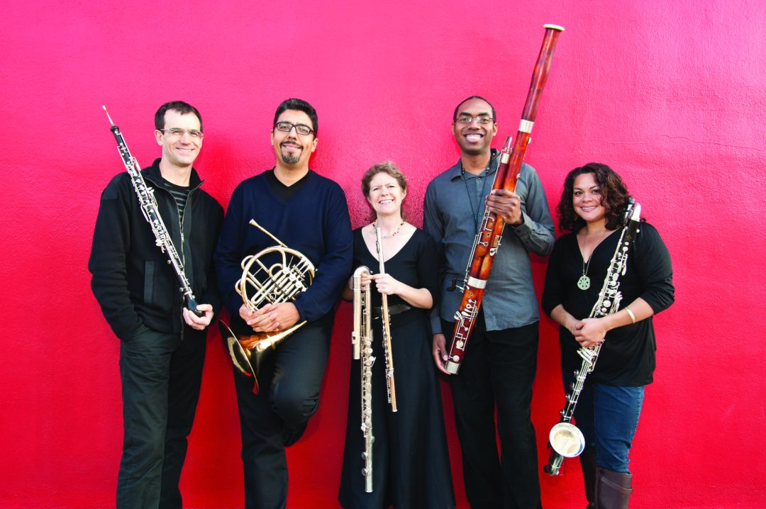 Quinteto-Latino(L-R)Kyle-Bruckmann(oboe)Armando-Castellano(horn)Diane-Grubbe(flute)Shawn-Jones(bassoon)Leslie-Tagorda(clarinet)_photo-courtesy-of-artist