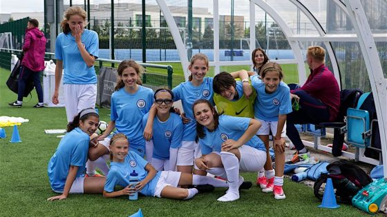 1. CFLS - Girls Feature Image - Making international friends at City Football Language School