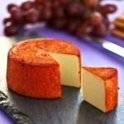 vegansky syr s paprikovym kabatkem