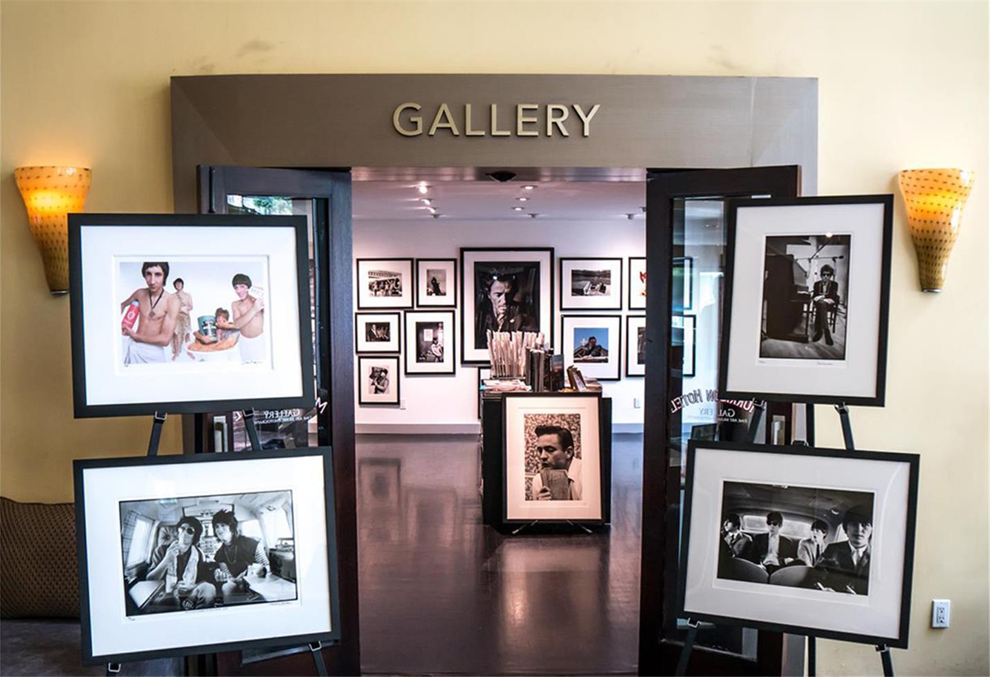 Image Galleries