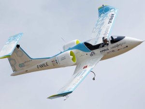 World's first battery-powered plane flies in Japan.