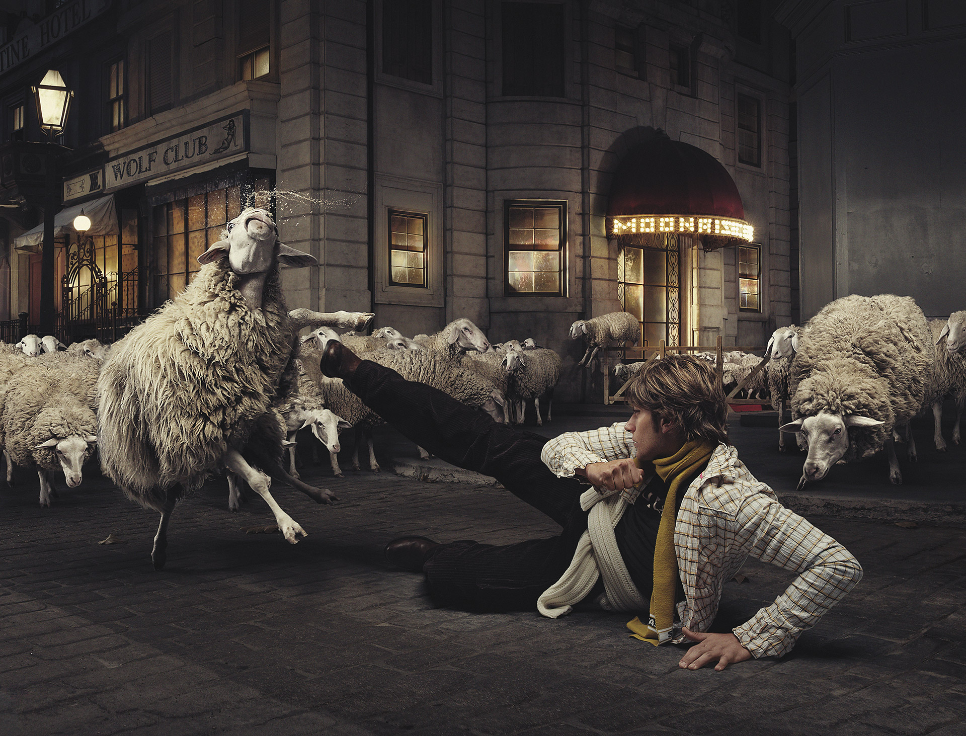 The collection of conceptual advertising photographs by Riccardo Bagnoli (10)